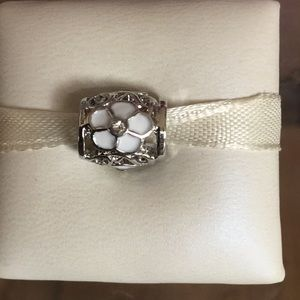 Flower charm silver and white works w/pandora
